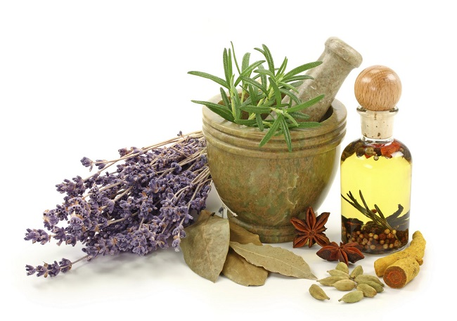 Why Everybody Is Switching To Natural Perfumes