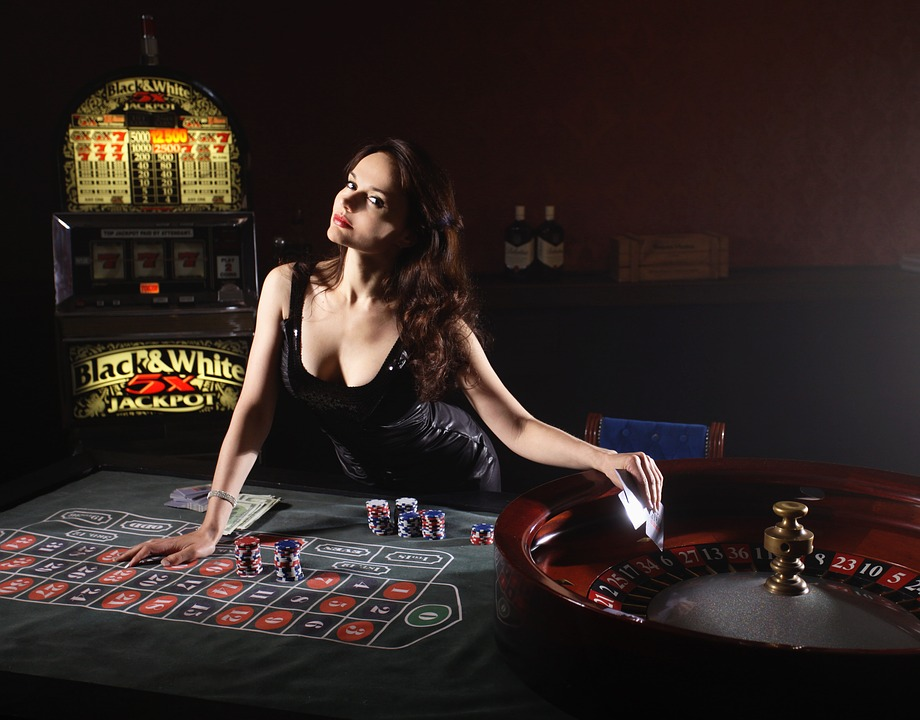 Hiring The Best Topless Poker Dealer
