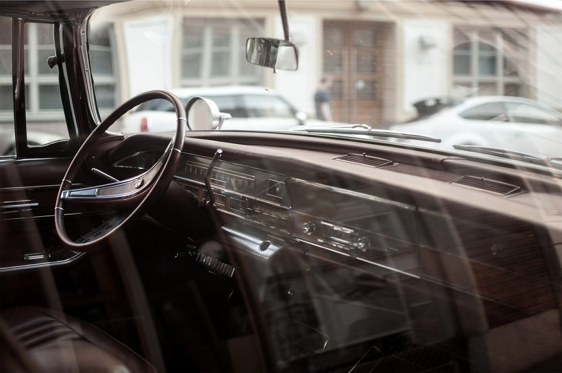 Important Questions To Ask Before Hiring Windscreen Replacement Services In Perth