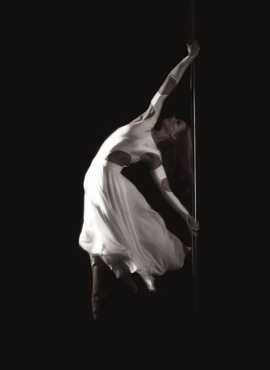 Pole Dancing Classes Sydney – Learn How To Dance!