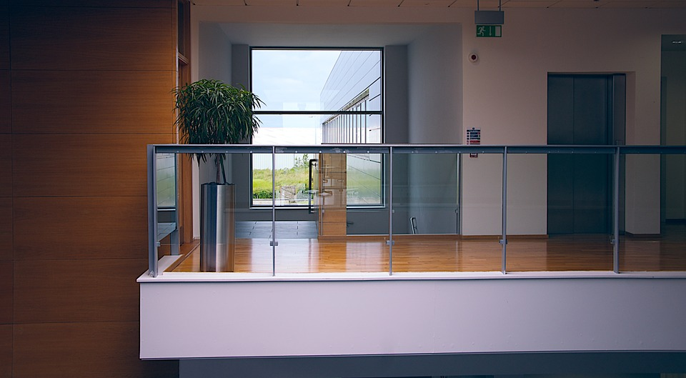 Working Smoothly With Glass Balustrade Suppliers In Gold Coast