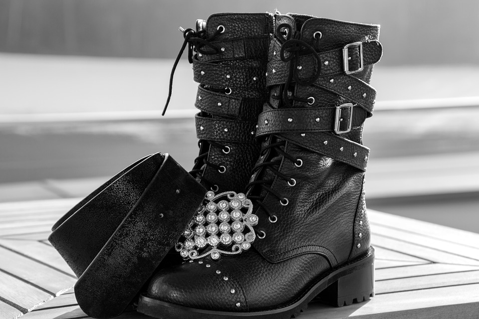 Buying The Demonia Shoes Online