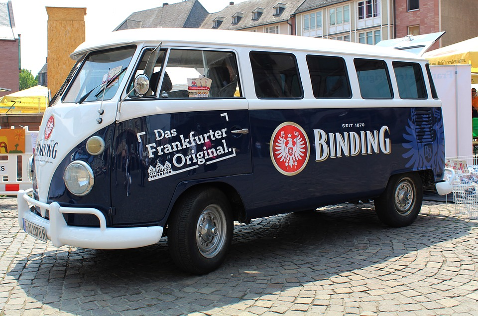 How Vehicle Branding Can Benefit Your Business