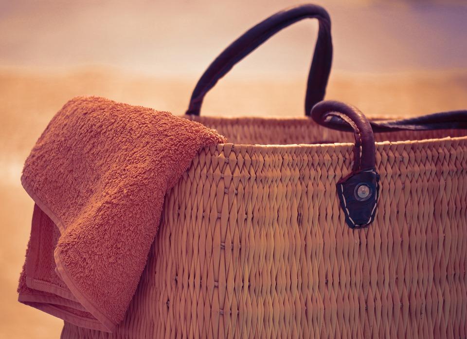 Benefits Of A Rattan Beach Bag
