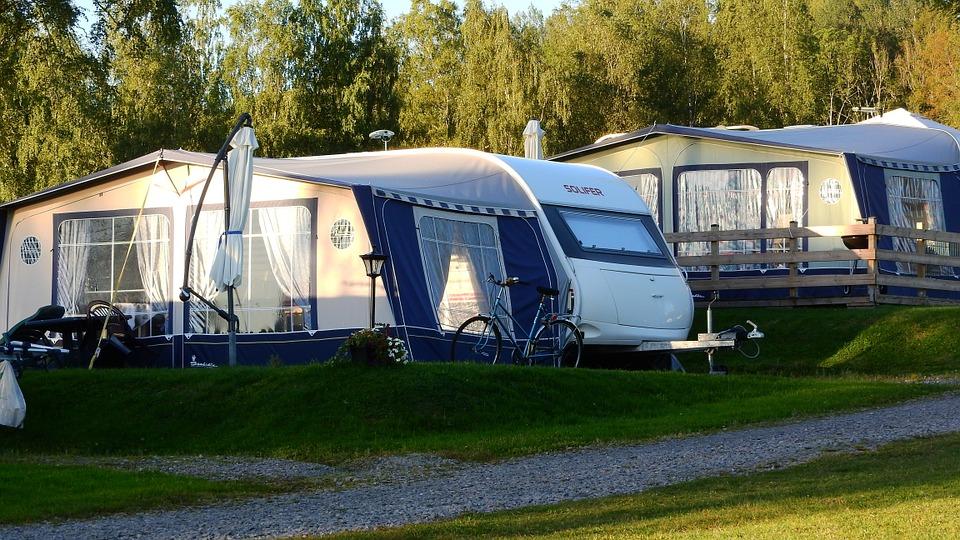 Why People Love To Travel By Caravan