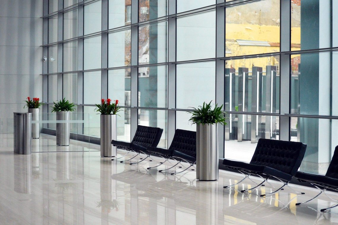 Advantages Of Stainless Steel Benches