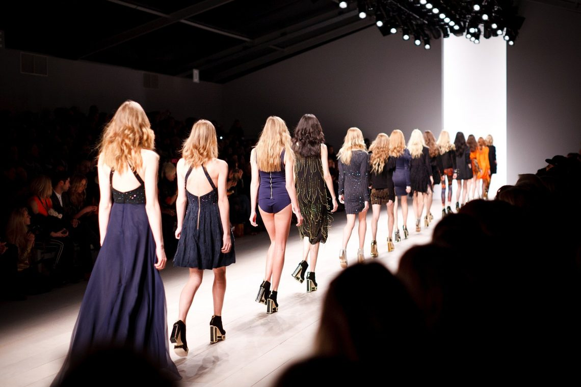 Taking The Catwalk Lessons To Build Your Modeling Career