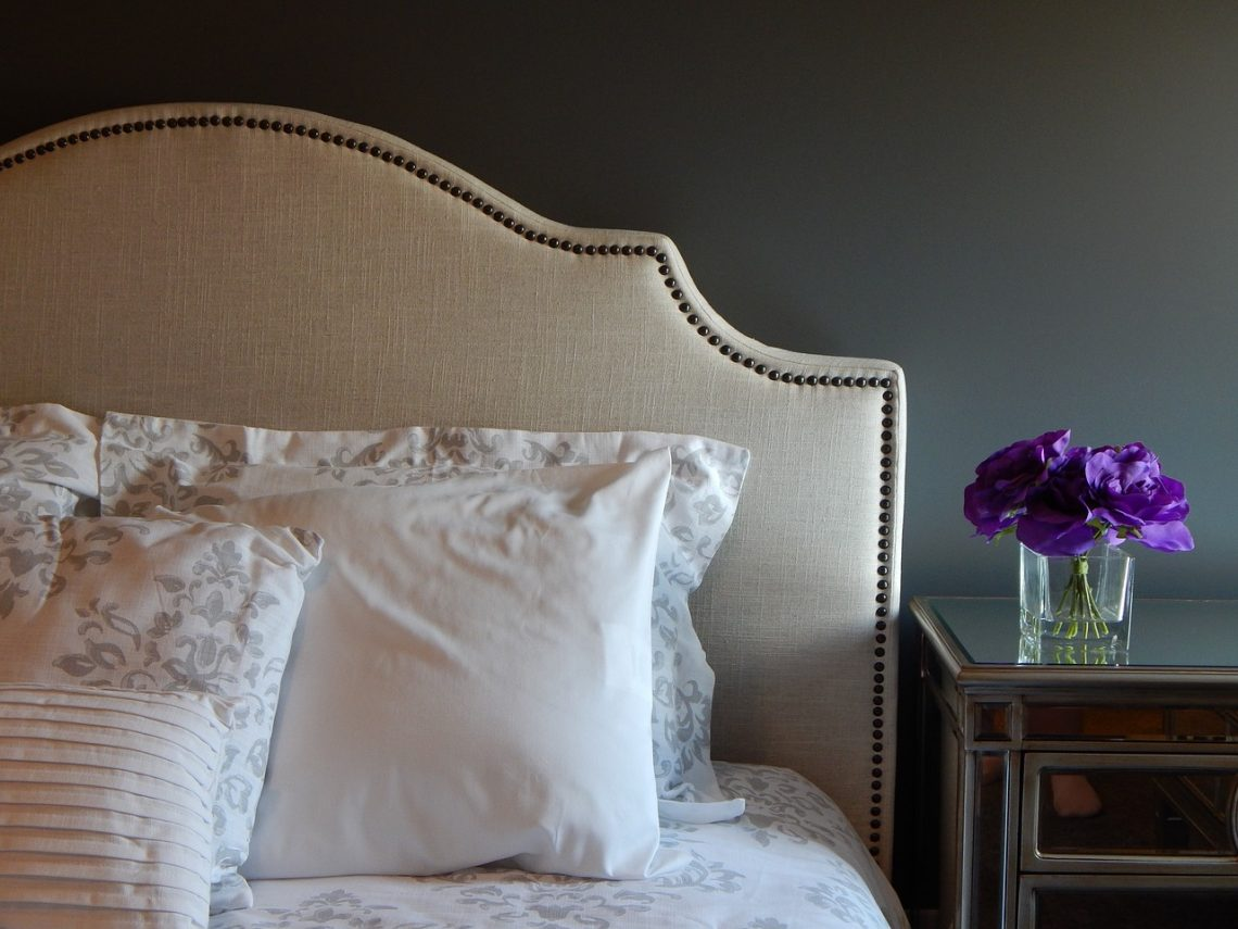 Headboards Sydney: 4 Reason Why You Should Get A Headboard For Your Bed
