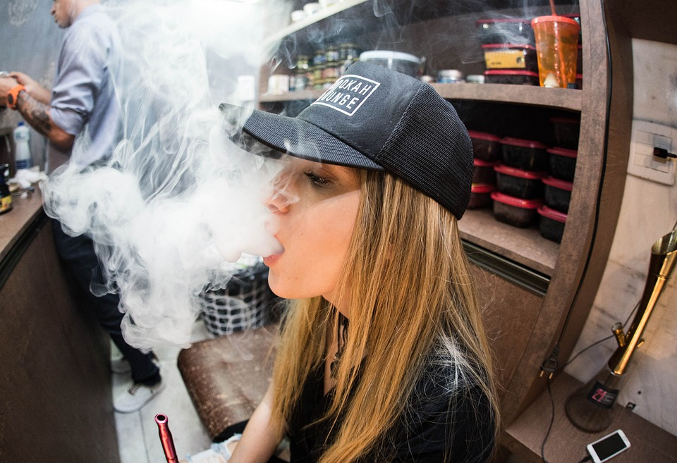 Why You Need To Buy Vaporizers From The Best Vape Store