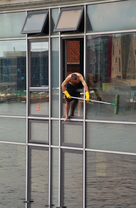 Factors To Consider When Choosing Sydney Window Cleaners