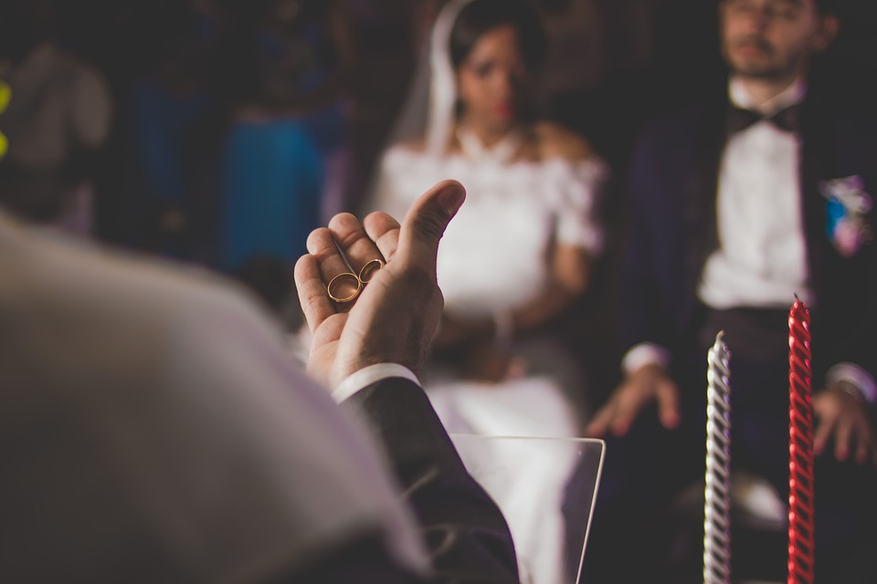How To Choose The Best Celebrant In Newcastle