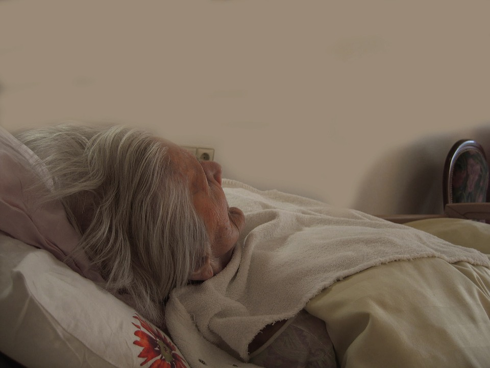 How To Shield A Senior's Bed From Wetness