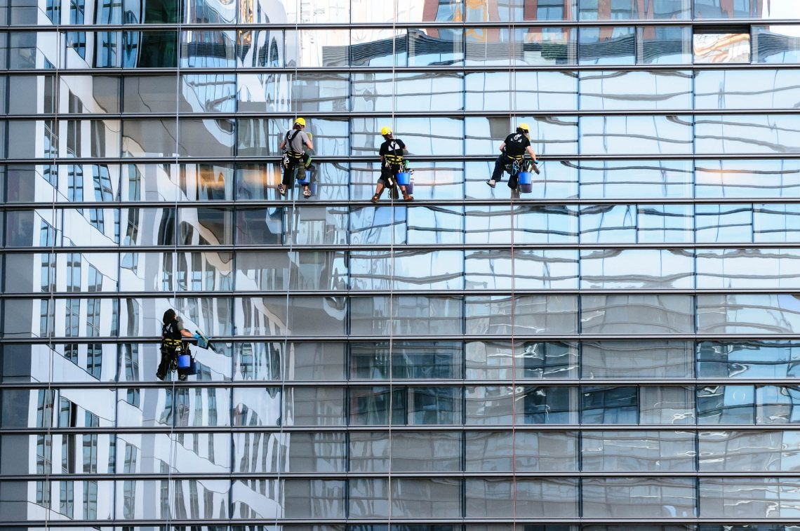 Why Window Cleaning Services Is Important